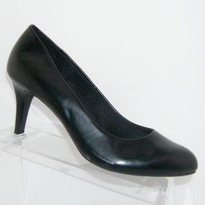 Comfort Plus by Predictions Karmen black heel 9.5W